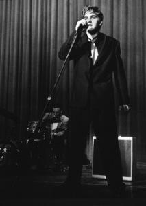 Elvis Presley, 1956 L.A. performance. Photo: Ernest Reshovsky © 1978 Marc Reshovsky - Image 0818_0548