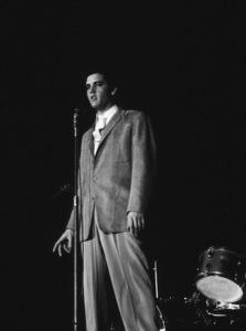 Elvis Presley, 1956 L.A. performance. Photo: Ernest Reshovsky © 1978 Marc Reshovsky - Image 0818_0549