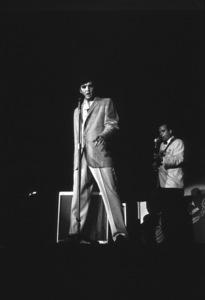 Elvis Presley, 1956 L.A. performance. Photo: Ernest Reshovsky © 1978 Marc Reshovsky - Image 0818_0551