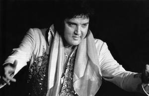 Elvis Presley circa 1970s ** I.V. - Image 0818_0661