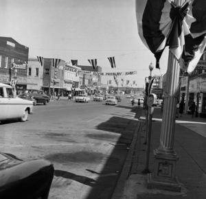 Tupelo, Mississippi street welcoming Elvis Presley home1956 © 1978 Roy Cummings - Image 0818_0673