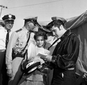 Elvis Presley in Tupelo, Mississippi1956 © 1978 Roy Cummings - Image 0818_0675