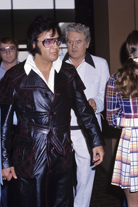 Elvis Presley with Red West and father Vernoncirca 1970s© 1978 Gary Lewis - Image 0818_0711