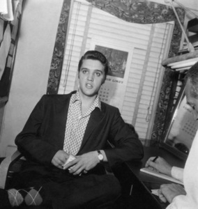 "Elvis Presley in his dressing room at ""The Steve Allen Show""1956 © 1978 Roy Cummings - Image 0818_0751"