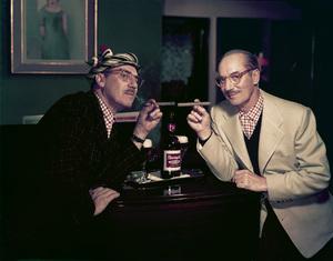 Groucho Marx posing for a Rheingold beer advertisement 1957 © 1978 Paul Hesse - Image 0820_0106