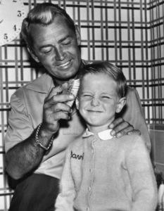 Alan Ladd and son David1952Photo by Mac Julian - Image 0821_0013