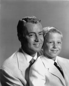 Alan Ladd and son David1957Photo by Bert Six - Image 0821_0016