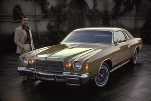 Ricardo Montalban and his 1975 Chrysler Cordoba1975 © 1978 Sid Avery - Image 0823_0056