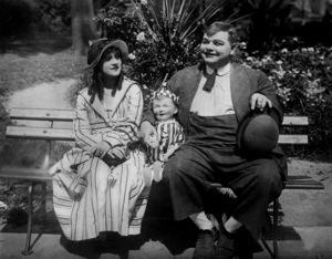 "Roscoe ""Fatty"" Arbuckle, RECKLESS ROMEO, A, Paramount-Arbuckle, 1917, **I.V. - Image 0829_0012"