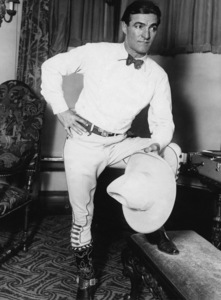 Tom Mix in Chicago at the Congress Hotel 1928** I.V. - Image 0835_0751