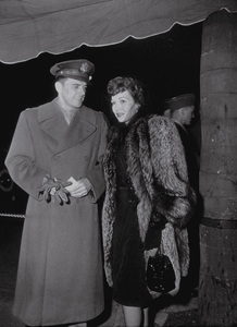 Ronald Reagan and first wife Jane WymanC. 1943MPTV - Image 0871_0035