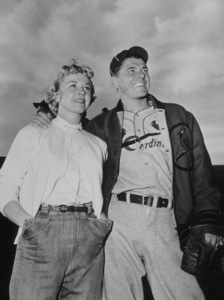 "Ronald Reagan and Doris Day in ""The Winning Team""1952 Warner Bros. © 1978 Mac JulianMPTV - Image 0871_0052"