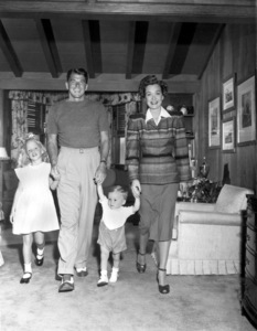Ronald Reagan, wife Jane Wyman, son Michaeland daughter Maureen1946MPTV - Image 0871_0075