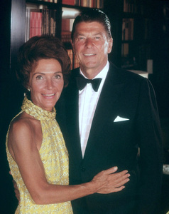 Ronald Reagan with wife Nancy Reagan1971 © 1978 Wallace SeawellMPTV - Image 0871_0300