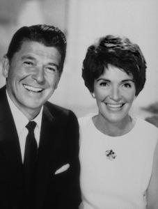 Ronald Reagan with wife Nancy Reagan1968 © 1978 John EngsteadMPTV - Image 0871_1001