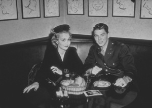 Ronald Reagan and first wife Jane Wyman at The Brown DerbyC. 1942MPTV - Image 0871_1213