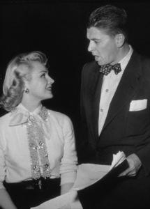 Ronald Reagan and Virginia MayoC. 1952 © 1978 Gabi RonaMPTV - Image 0871_1561