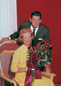 Ronald Reagan and the Queen of The Rose ParadeC. 1955 © 1978 Gabi RonaMPTV - Image 0871_1565