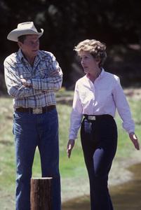 Ronald Reagan with wife, Nancy Reagan, at Rancho del Cielo in Santa Ynez, CA1980© 1980 Gunther - Image 0871_1592