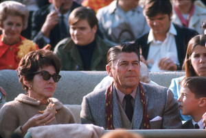 Ronald Reagan with wife Nancy, Patti and Ron Reagan Jr. / 1967 © 1978 GuntherMPTV - Image 0871_1602