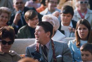 Ronald Reagan with wife Nancy, Patti and Ron Reagan Jr. / 1967 © 1978 GuntherMPTV - Image 0871_1603