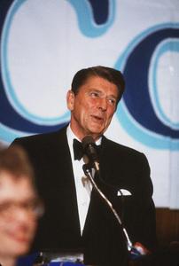 Ronald Reagan at Nassau GOP Republican committee event1979 © 1979 GuntherMPTV - Image 0871_1618