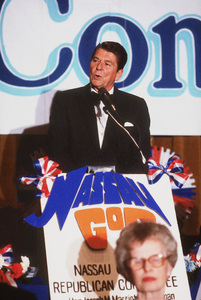 Ronald Reagan at Nassau GOP Republican committee event1979 © 1979 GuntherMPTV - Image 0871_1620