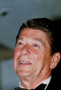 Ronald Reagan at Nassau GOP Republican Committeeevent1979 © 1979 GuntherMPTV - Image 0871_1623