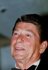 Ronald Reagan at Nassau GOP Republican Committeeevent1979 © 1979 GuntherMPTV - Image 0871_1623