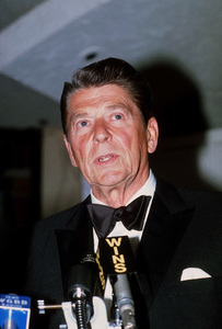 Ronald Reagan at Nassau GOP Republican Committeeevent1979 © 1979 GuntherMPTV - Image 0871_1624