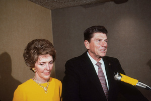 Ronald Reagan with wife Nancy Reagan1980 © 1980 GuntherMPTV - Image 0871_1627