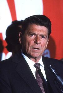Ronald Reagan campaigning for President1980 © 1980 GuntherMPTV - Image 0871_1635