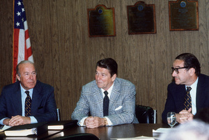 Ronald Reagan with Sec. of State George P. Shultzand Alan Greenspan1980 © 1980 GuntherMPTV - Image 0871_1646