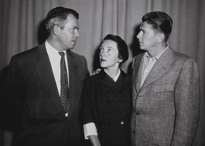 Ronald Reagan, wife Nancy Reagan and Marty HillApril 8, 1953 © 1978 Sid AveryMPTV - Image 0871_1660