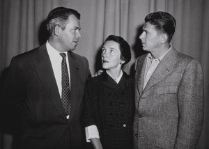 Ronald Reagan, wife Nancy Reagan and Marty HillApril 8, 1953 © 1978 Sid AveryMPTV - Image 0871_1660