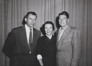 Ronald Reagan, wife Nancy Reagan and Marty HillApril 8, 1953 © 1978 Sid AveryMPTV - Image 0871_1661