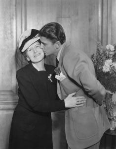 Ronald Reagan kissing his mother Nelle circa 1945 - Image 0871_1693