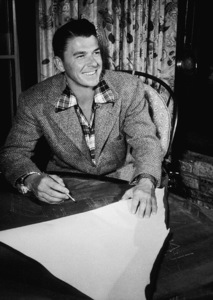 Ronald ReaganC. 1947MPTV - Image 0871_1695