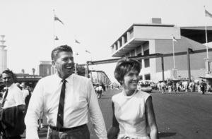 Ronald Reagan with wife Nancy Reagan campaigning ata county fairC. 1964-65 © 1978 Bud GrayMPTV - Image 0871_1706