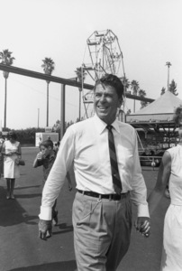 Ronald Reagan with wife Nancy Reagan campaigning ata county fairC. 1964-65 © 1978 Bud GrayMPTV - Image 0871_1707