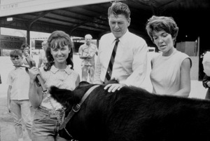 Ronald Reagan with wife Nancy Reagan campaigning ata county fairC. 1964-65 © 1978 Bud GrayMPTV - Image 0871_1709