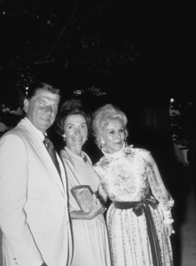 Ronald Reagan with wife Nancy Reagan and Eva Gabor at a Spirow Agnew support party 1972 © 1978 Gunther - Image 0871_1715