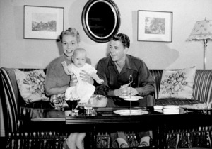Ronald Reagan with first wife Jane Wymanand daughter MaureenC. 1942MPTV - Image 0871_1721