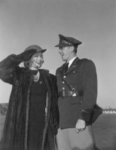 Ronald Reagan with first wife Jane WymanC. 1942MPTV - Image 0871_1732