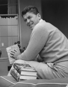 Ronald Reagan at Home6-27-1955 © 1978 Gabi Rona - Image 0871_1740