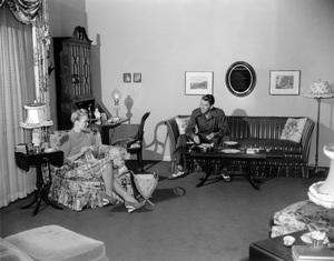 Ronald Reagan and Jane Wyman at homecirca 1942 - Image 0871_1811