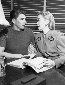 Ronald Reagan and Jane Wymancirca 1940s - Image 0871_1818