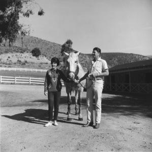 Ronald and Nancy Reagan at their ranch in the Santa Monica mountains circa 1966 © 1978 Gene Trindl - Image 0871_1827