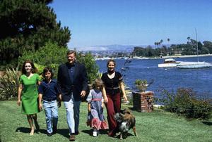 John, Pilar, Ethan, Marisa, and Aissa Wayne at home, 1972. © 1978 David Sutton - Image 0898_3296