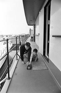 John Wayne aboard his yacht Wild Goose with his son Ethancirca 1966 © 1978 Gunther - Image 0898_3388
